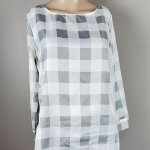 💙The Limited Gray & White Large checkerTop/Blouse